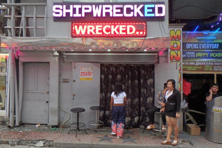 Angeles City Shipwreck Bar
