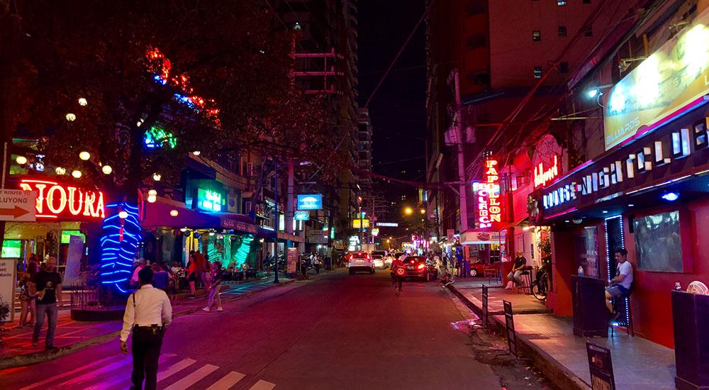 P. Burgos Street in Manila Rotlichtviertel in Manila